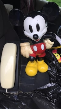 Mickey Mouse phone Lovettsville, 20180