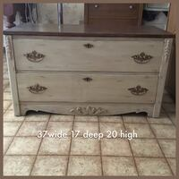 Antique 2 drawer chest makeover. Drawers work perfectly. Great condition   London, N5Y 5G3