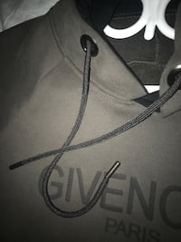 Givenchy hoodie Surrey, V4N 2M3