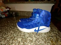 10 1/2 Blue and white high top nikes