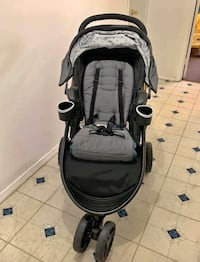 Graco - stroller and infant car seat