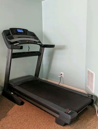 Freemotion treadmill, excellent condition Broadlands, 20148