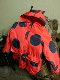 $9.00  HOLIDAY PRICE DROP.  Sz 4T  CARTER'S LadyBug Raincoat Victoria, V8T