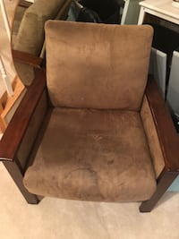 2 club chairs Germantown, 20874