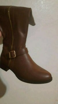 pair of brown leather boots Bremerton, 98311