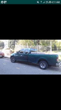 Ford F150 V8 5.4Liter must go no MECHANICAL issues great work truck  Washington, 20032
