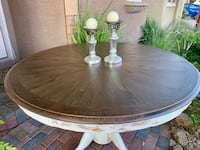 Farmhouse style dining table  Las Vegas, 89141