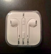 Brand new apple earpods in case Never used