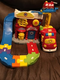 Vtech Go Go Smart Wheels Fire-station & Firetrucks Baby / Toddler Toy Farmingdale, 11735