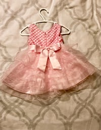 Like New Baby Girls 6 Months Party Dress Toronto, M1W 3H1