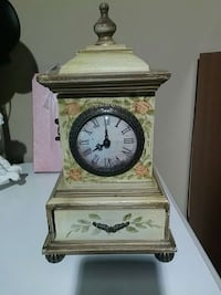 Jewelry Box with clock Vaughan