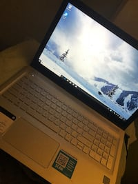 Touch screen Hp envy laptop ((Used like new)) Riverdale, 20737