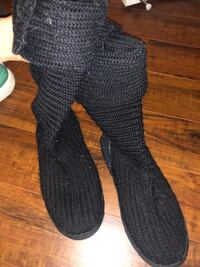 Knit Woven Uggs Women Size 8 Black Used San Diego, 92103