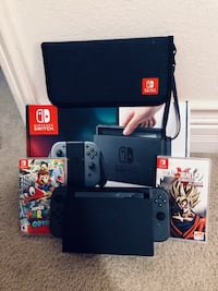 Black nintendo switch with box Las Vegas, 89148