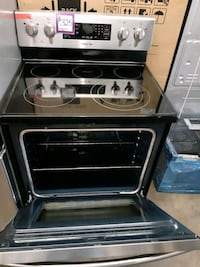SAMSUNG glass top electric stove working perfectly 4 months warranty