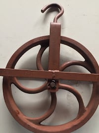 Old pulley for a well  Youngstown, 32404