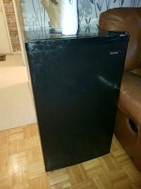 Danby small fridge Toronto, M4C 4H1