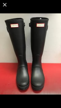 Brand new hunter boots size 10