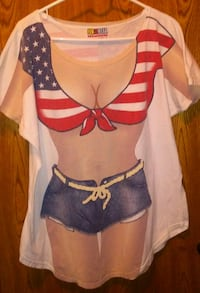 Bathing suit cover up tee size L womens  San Joaquin, 93660