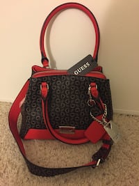 Brand New Guess Handbag  Fullerton, 92831