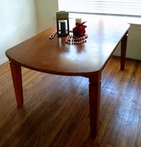 Wooden Dining Table Houston, 77080