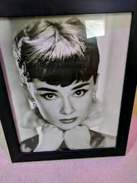 Audrey Hepburn photo with black wooden frame Englewood, 80112