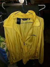 Large yellow polo sport jacket Niagara Falls, L2J 1J2