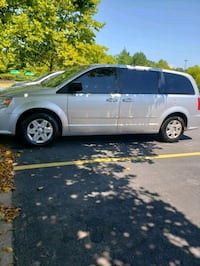 Dodge - Caravan - 2011 Laurel