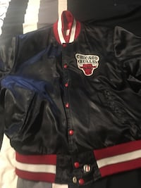 NBA Chicago bulls jacket exclusively by Shain of Canada Toronto, M1B 1C3