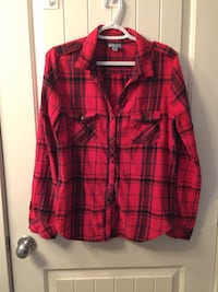 Red, black, and purple button up plaid collared shirt Port Coquitlam, V3B 3V9