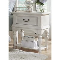 New end table  Mississauga, L5M 7M8