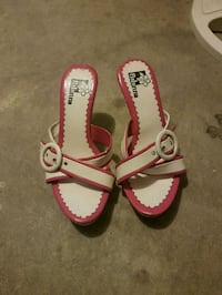 Cute white and pink heels  Langley, V3A 1S7