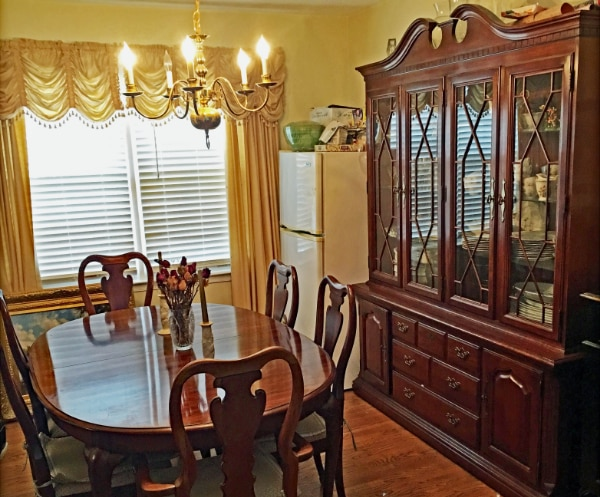 Dining Room, Thomasville Queen Anne Solid Cherry Wood Dining Room Table,  Chairs, and China Cabinet