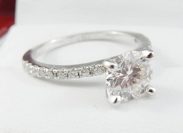 1.02ct Diamond set in 14K White Gold Engagement Ring 6c8eb8a3-ffd4-4857-9b68-ceb7af371d9f