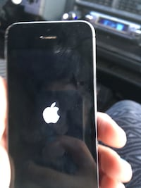 Black and grey iphone 5s Fayetteville, 28311