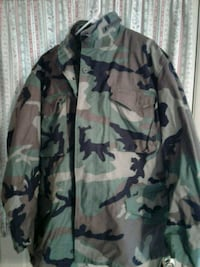 green and brown camouflage jacket 31 mi