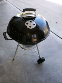 black and gray charcoal grill Newton, 50208