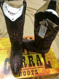 pair of black leather cowboy boots Alamo, 78516