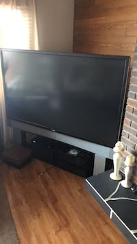 "72"" toshiba projection. Good condition. Comes with stand Kelowna, V1Y 3K2"