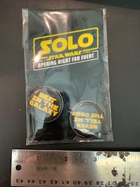 Star Wars solo premier night buttons unopened