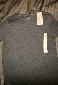 Grey T-Shirt size small Coquitlam, V3J 5J7