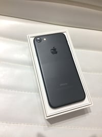 iPhone 7 128GB Unlocked(Any Carrier) Gainesville, 32605