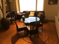 Dining table and 4 chairs!
