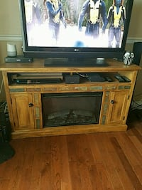 Wood fireplace (without electric insert) Edmonton, T5H 4E3