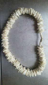 $4 puca shell necklace Colton, 92324