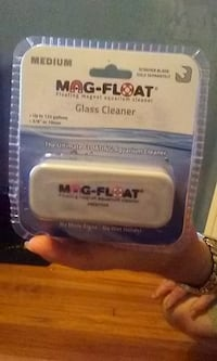 Magfloat Aquarium Glass Cleaner New Medium.For tanks up to 125 gallons. Windsor