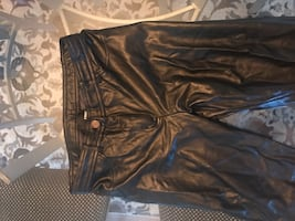 Size4 /26 US aritzia pants real leather