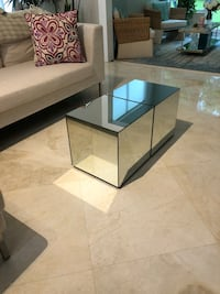 Coffee table/ 2 mirrored side tables Delray Beach, 33446