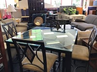 Glass Top High Table With 4 Chairs Virginia Beach, 23462