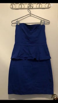 Woman Brand new dress size 6 Montréal, H4E